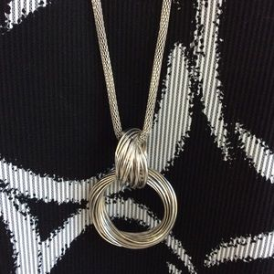 """Multi Ring Necklace-Silver Tone Tubular 30"""" Chain"""